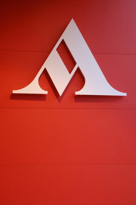 Mondadori logo